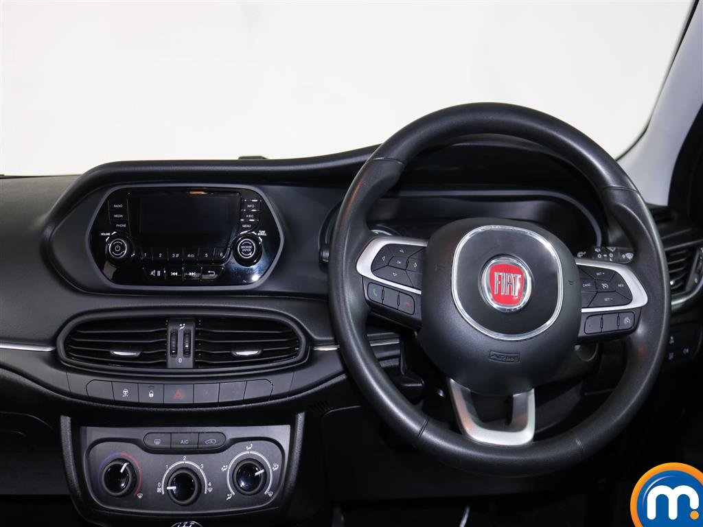 Fiat Tipo Easy Manual Petrol Hatchback - Stock Number (974438) - 4th supplementary image