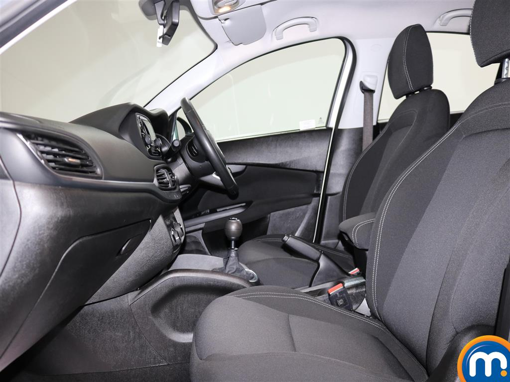 Fiat Tipo Easy Manual Petrol Hatchback - Stock Number (974438) - 5th supplementary image