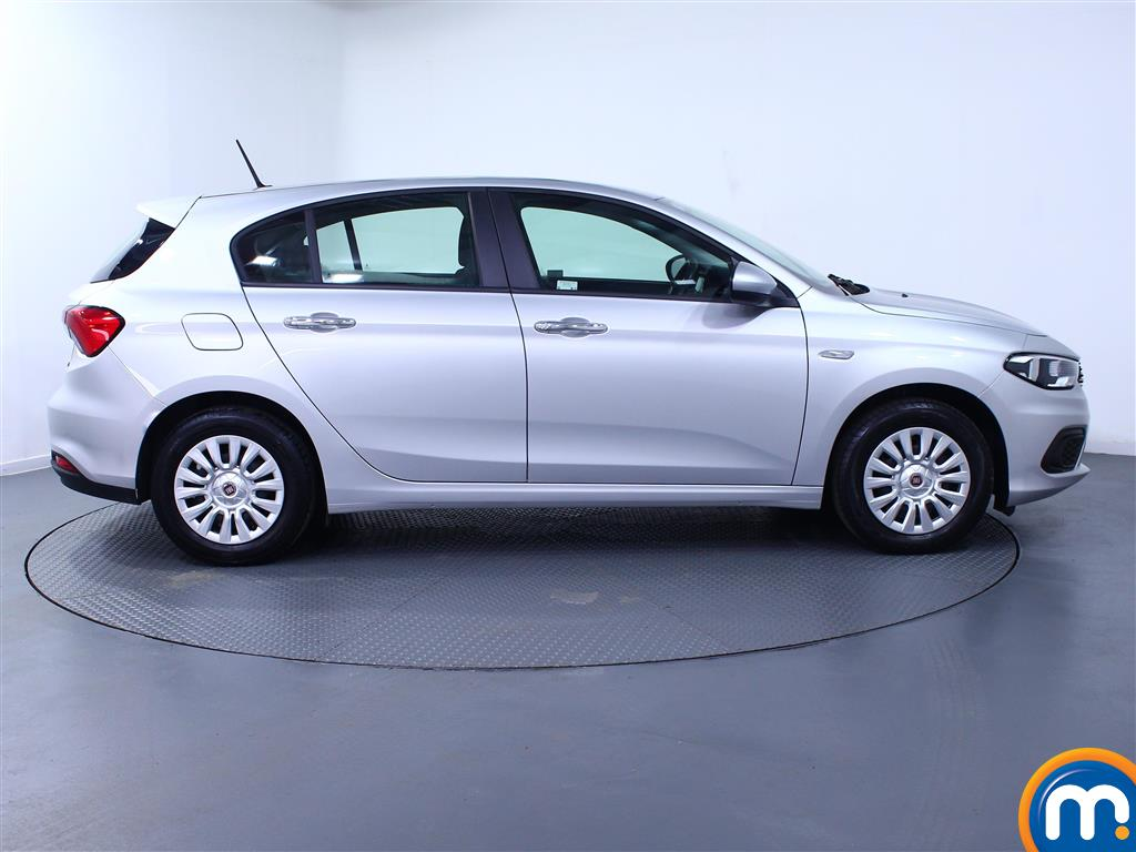 Fiat Tipo Easy Manual Petrol Hatchback - Stock Number (974438) - Drivers side