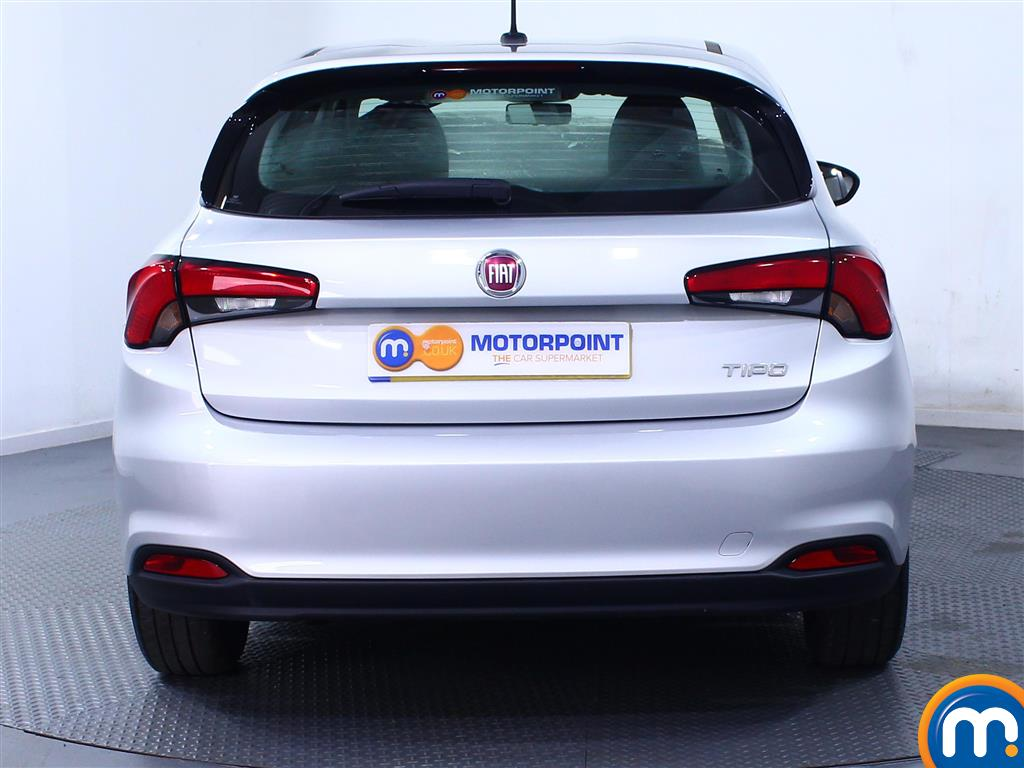 Fiat Tipo Easy Manual Petrol Hatchback - Stock Number (974438) - Rear bumper