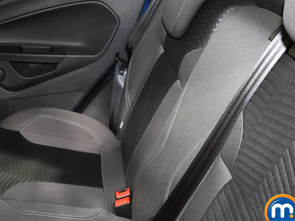 Ford Fiesta Zetec Automatic Petrol Hatchback - Stock Number (977069) - 2nd supplementary image