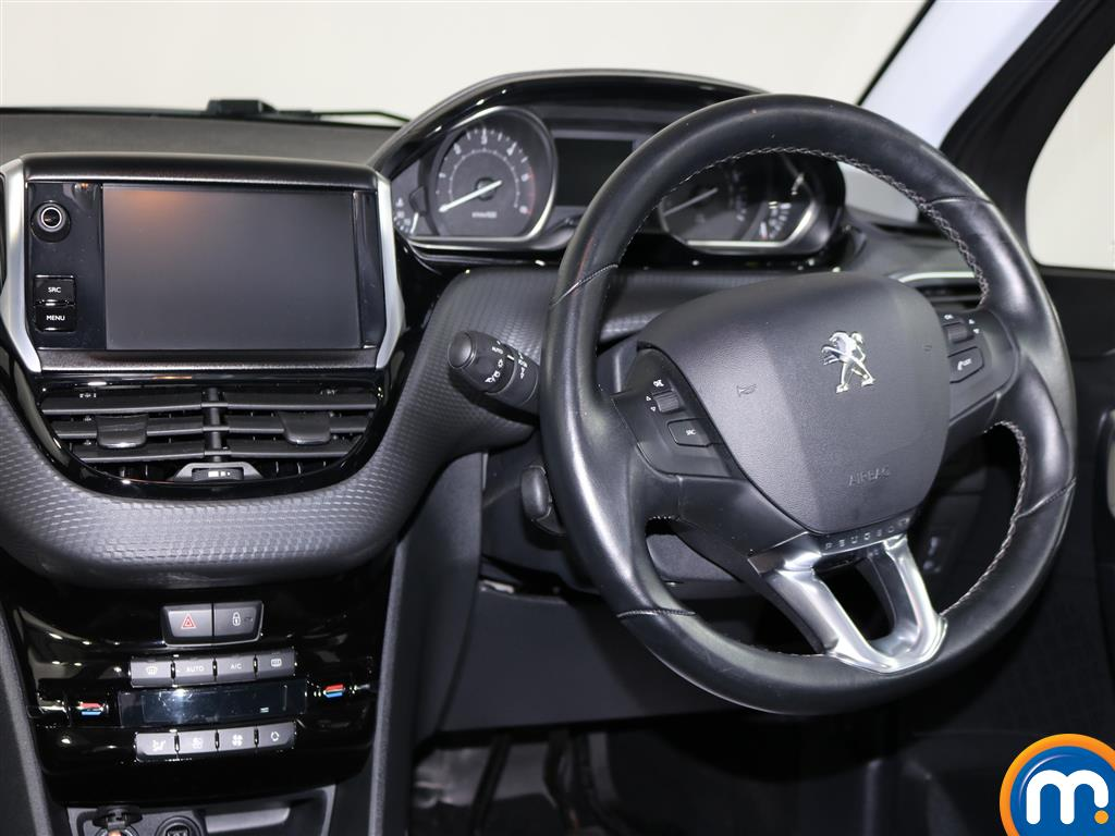 Peugeot 2008 Allure Manual Diesel Estate - Stock Number (978980) - 4th supplementary image