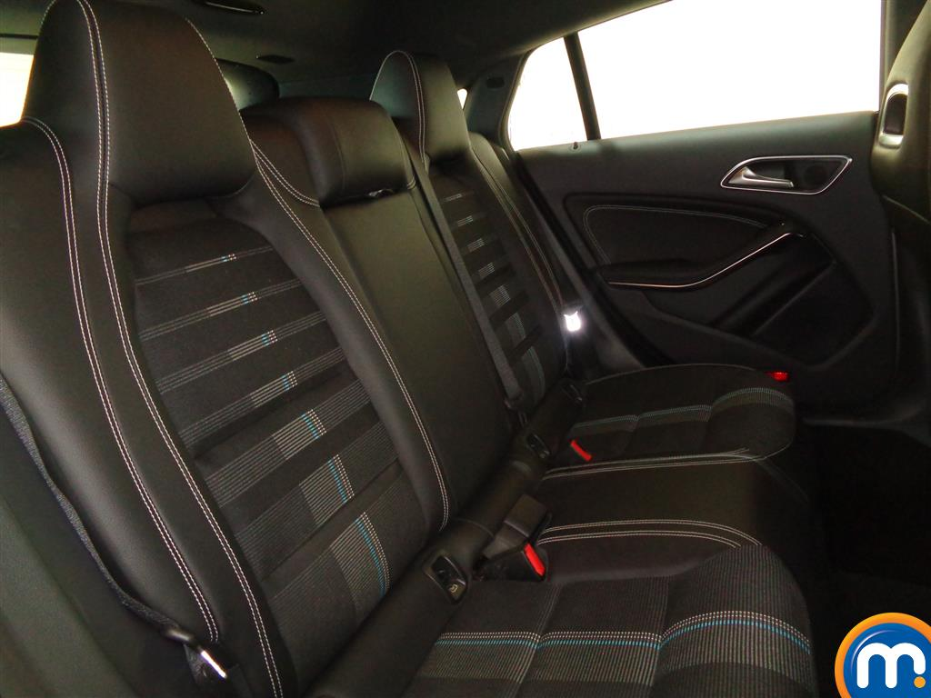 Mercedes-Benz Cla Class Sport Manual Petrol Estate - Stock Number (977917) - 5th supplementary image