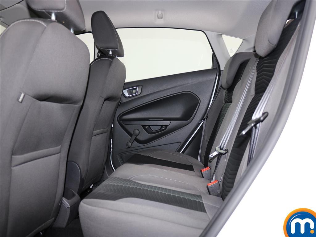 Ford Fiesta Zetec Manual Petrol Hatchback - Stock Number (979518) - 3rd supplementary image