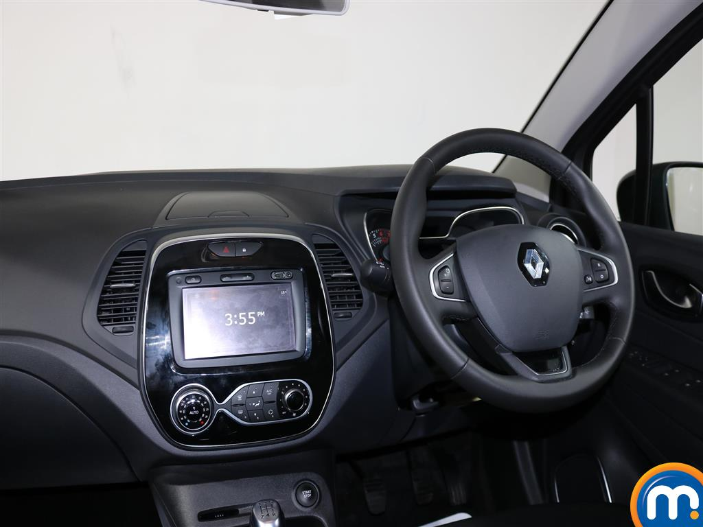 Renault Captur Iconic Manual Petrol Hatchback - Stock Number (966604) - 4th supplementary image