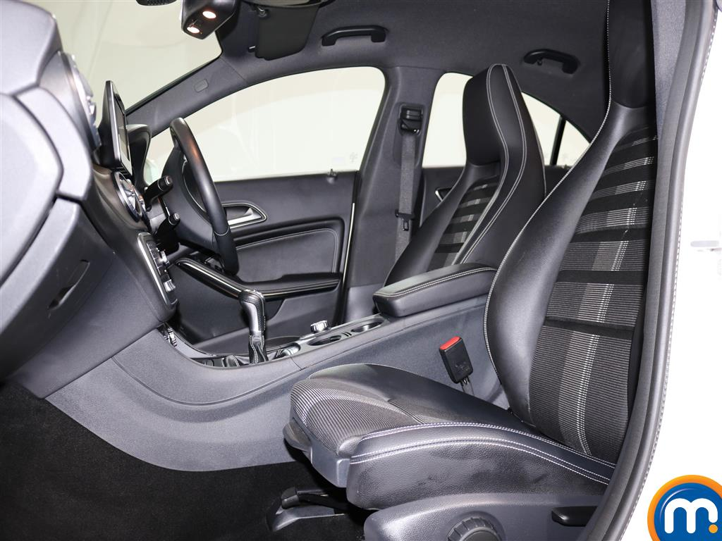 Mercedes-Benz Cla Class Sport Manual Diesel Coupe - Stock Number (975110) - 5th supplementary image