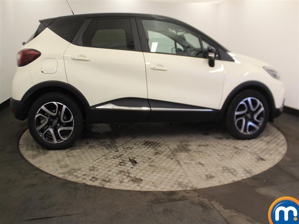 Renault Captur Iconic Manual Petrol Hatchback - Stock Number (966582) - Passenger side