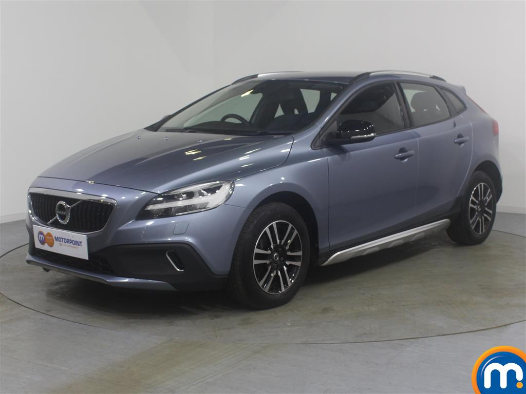 Volvo V40 Cross Country - Stock Number (978765) - Passenger side front corner