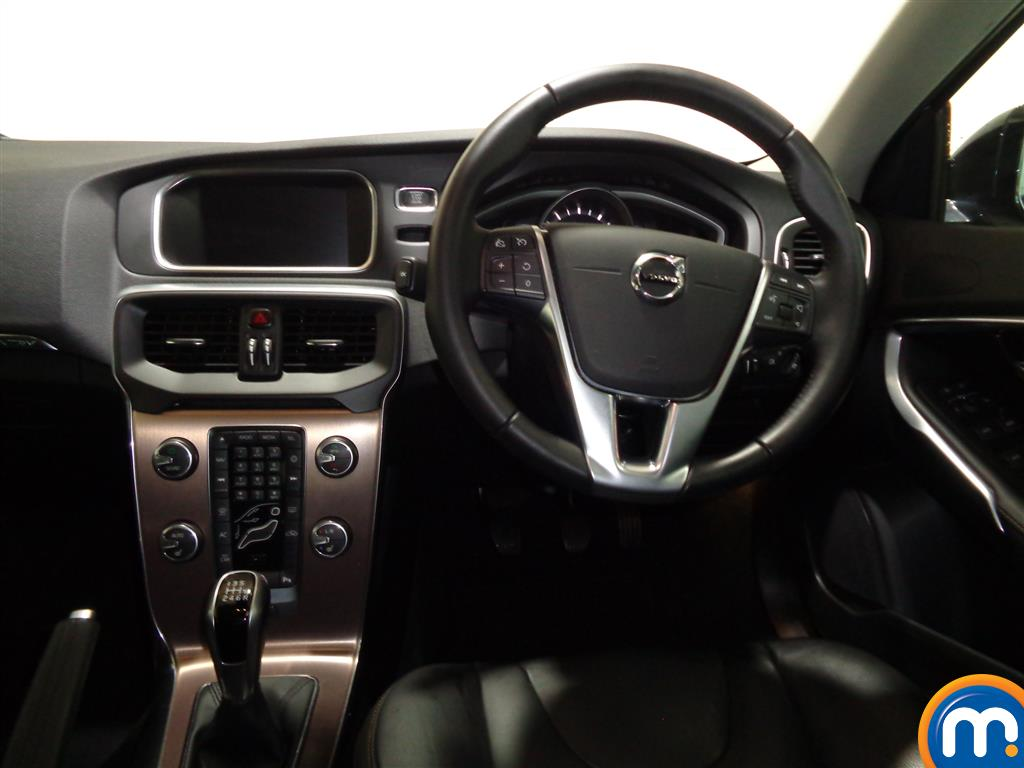 Volvo V40 Cross Country Pro Manual Petrol Hatchback - Stock Number (980739) - 4th supplementary image