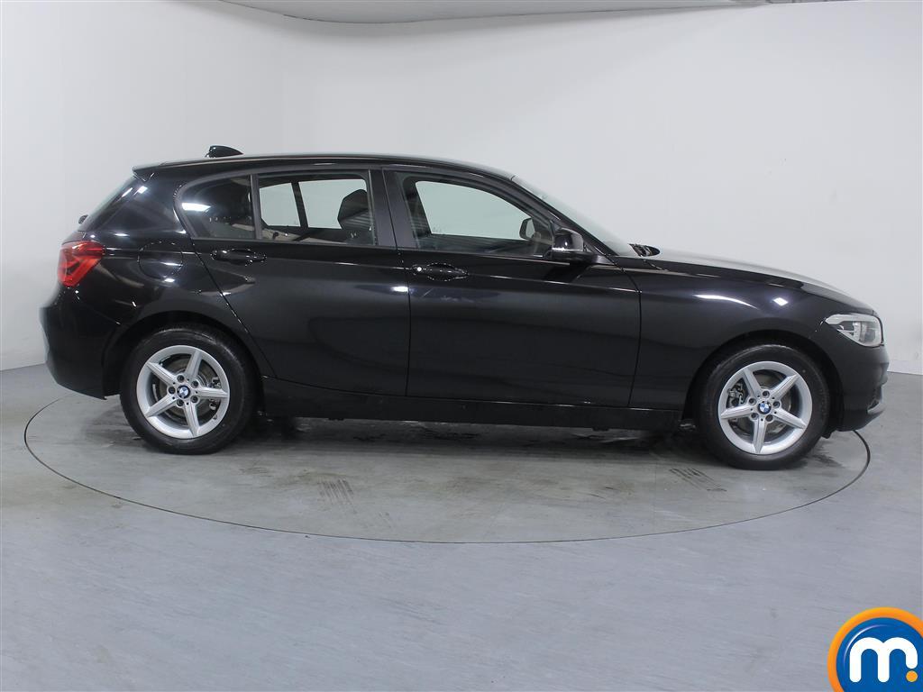BMW 1 Series Se Business Manual Diesel Hatchback - Stock Number (973383) - Drivers side