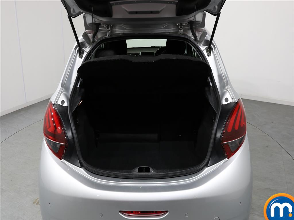 Peugeot 208 Allure Premium Manual Petrol Hatchback - Stock Number (980543) - 4th supplementary image