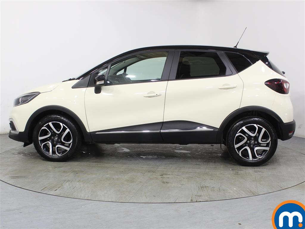 Renault Captur Iconic Manual Petrol Hatchback - Stock Number (966515) - Passenger side