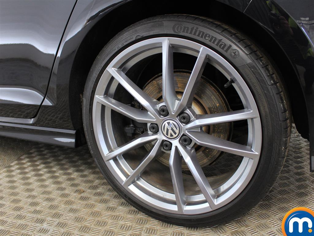 Volkswagen Golf R Manual Petrol Hatchback - Stock Number (988844) - 5th supplementary image
