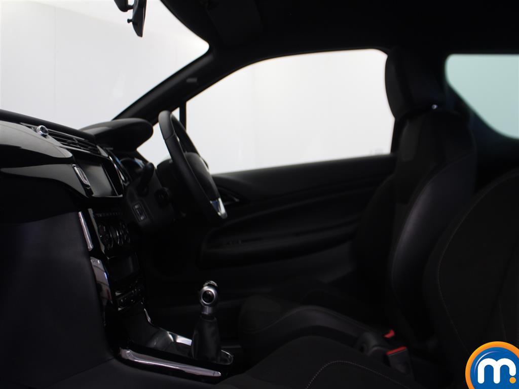 DS Ds 3 Elegance Manual Petrol Hatchback - Stock Number (980782) - 3rd supplementary image