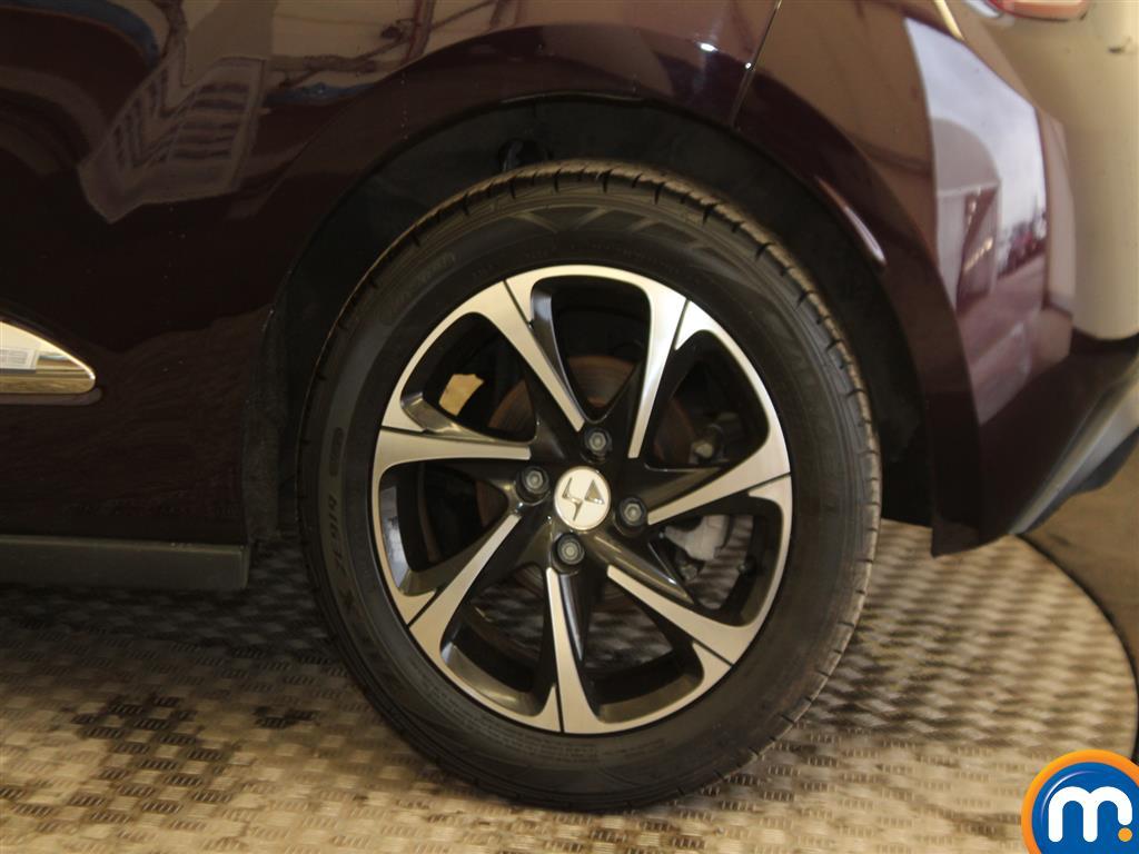 DS Ds 3 Elegance Manual Petrol Hatchback - Stock Number (980782) - Drivers side