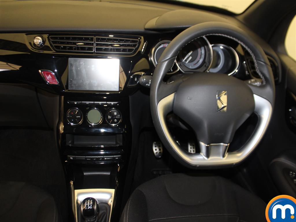 DS Ds 3 Elegance Manual Petrol Hatchback - Stock Number (980782) - 1st supplementary image