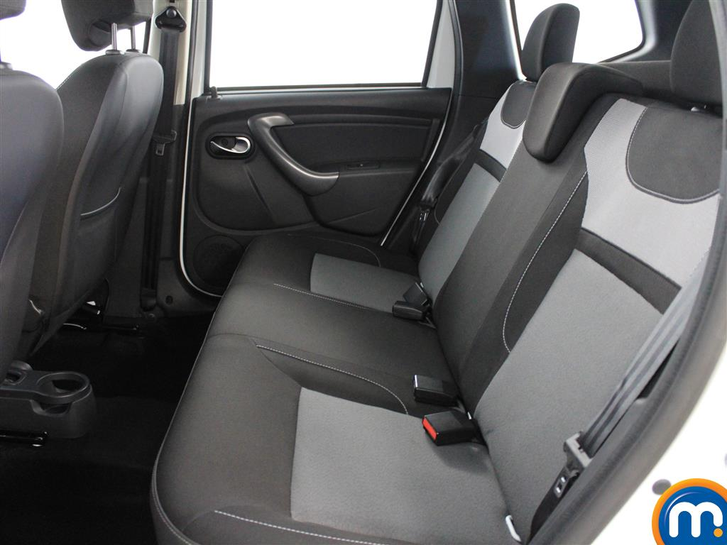 Dacia Duster Laureate Automatic Diesel Crossover - Stock Number (987273) - 2nd supplementary image