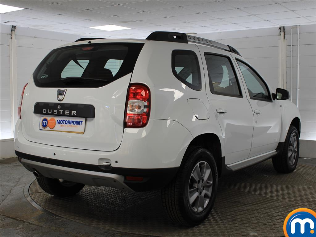 Dacia Duster Laureate Automatic Diesel Crossover - Stock Number (987273) - Drivers side rear corner