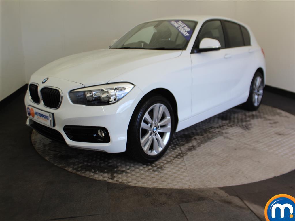 BMW 1 Series Sport - Stock Number (985640) - Passenger side front corner