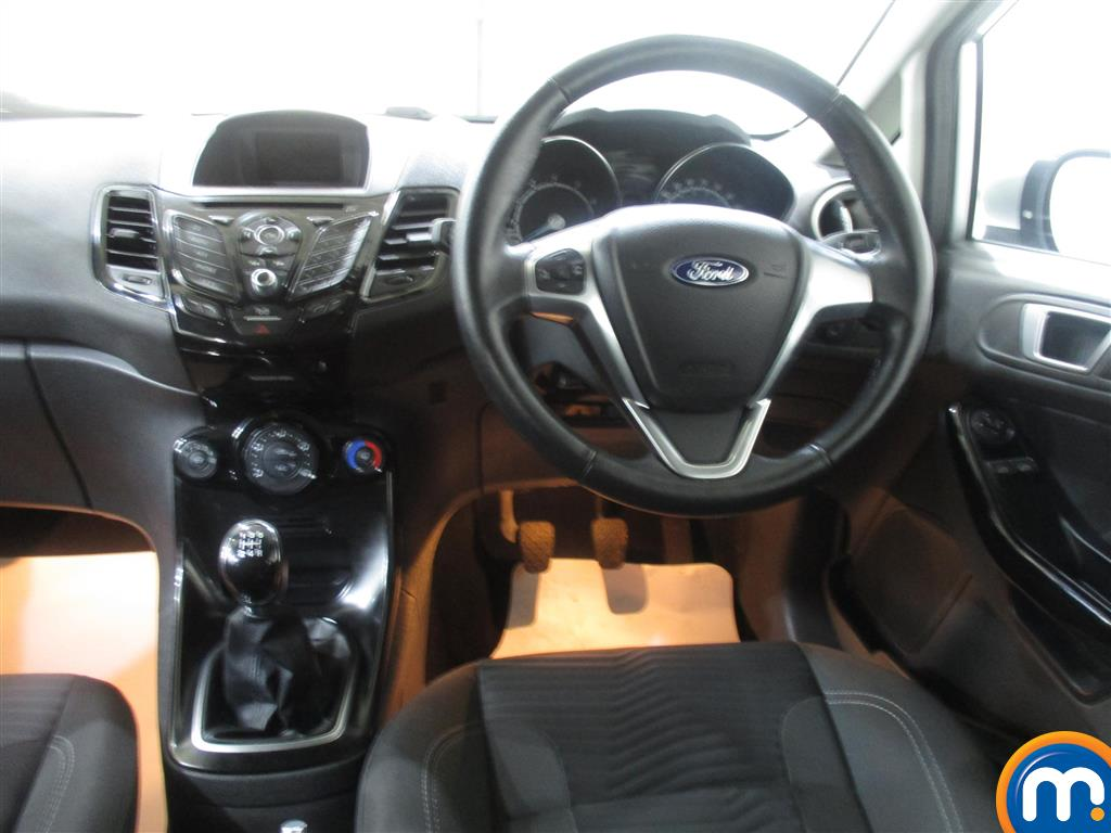 Ford Fiesta Zetec Manual Petrol Hatchback - Stock Number (986224) - 3rd supplementary image