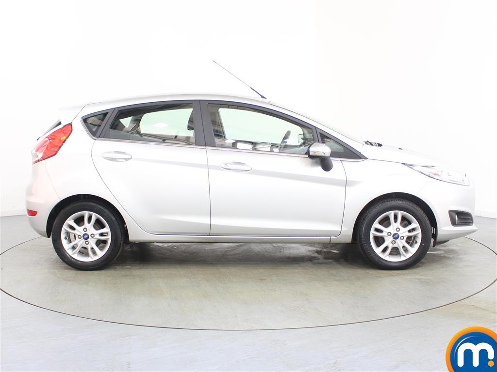 Ford Fiesta Zetec Manual Petrol Hatchback - Stock Number (986224) - Drivers side