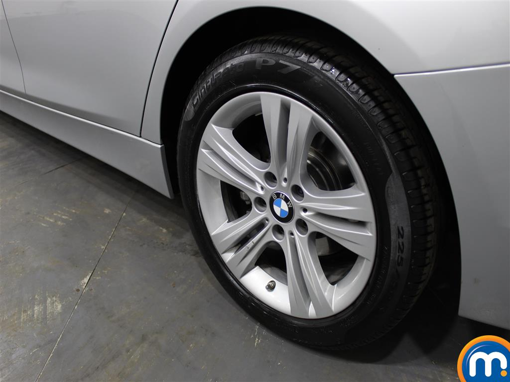 BMW 3 Series Sport Automatic Petrol Saloon - Stock Number (987544) - 5th supplementary image