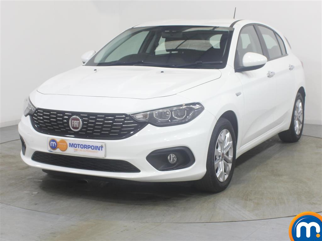 Fiat Tipo Easy Plus - Stock Number (989930) - Passenger side front corner