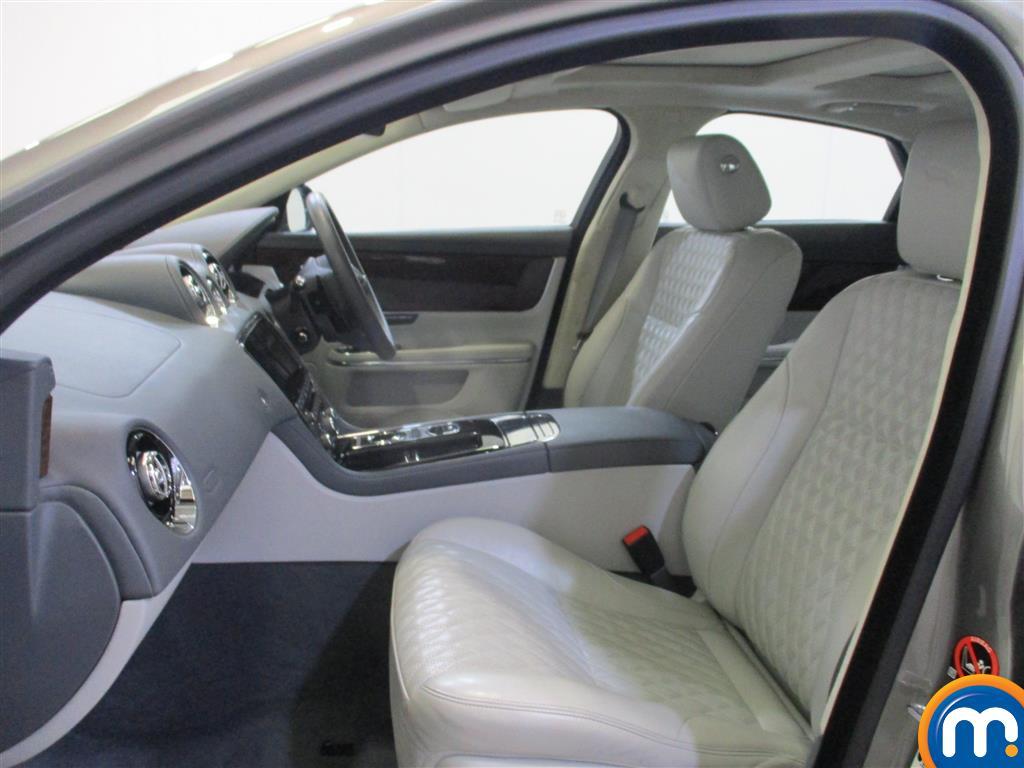 Jaguar XJ Portfolio Automatic Diesel Saloon - Stock Number (974569) - 4th supplementary image