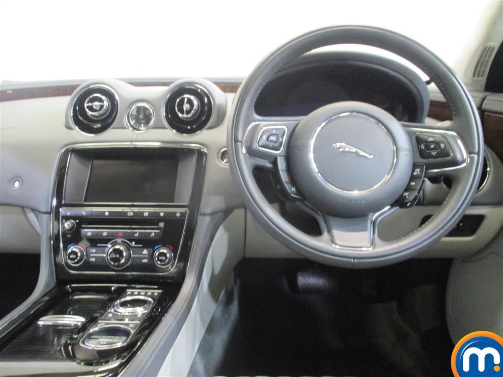 Jaguar XJ Portfolio Automatic Diesel Saloon - Stock Number (974569) - 5th supplementary image