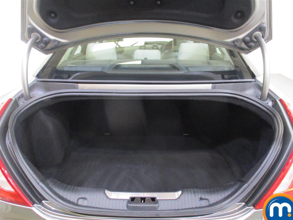Jaguar XJ Portfolio Automatic Diesel Saloon - Stock Number (974569) - 1st supplementary image