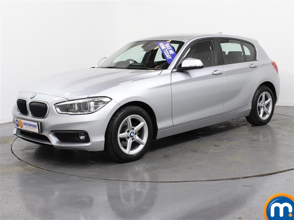 BMW 1 Series Se Business Manual Diesel Hatchback - Stock Number (989599) - Passenger side front corner