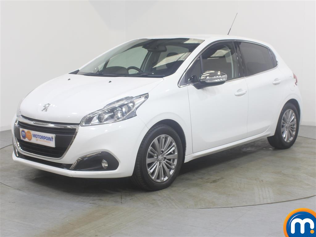 Peugeot 208 Allure - Stock Number (987875) - Passenger side front corner
