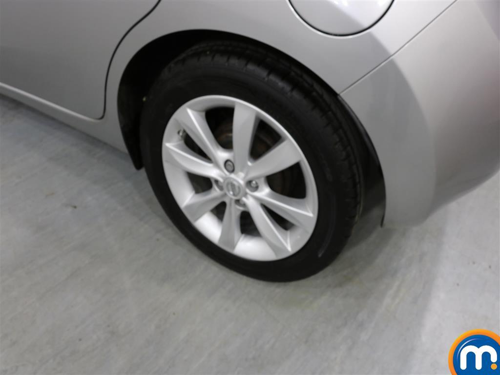 Nissan Note Tekna Manual Diesel Hatchback - Stock Number (951664) - 3rd supplementary image