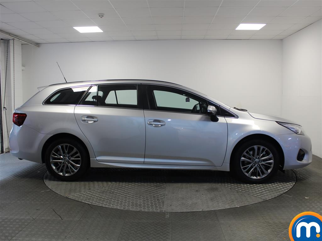 Toyota Avensis Business Edition Manual Diesel Estate - Stock Number (993296) - Drivers side