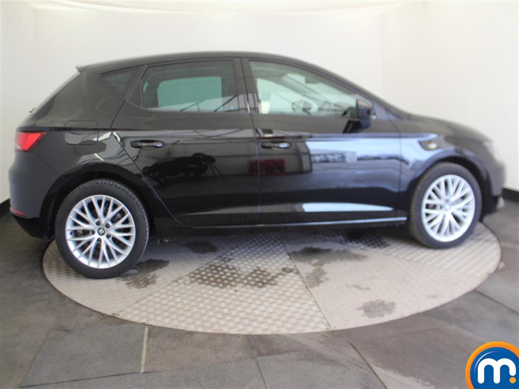 Seat Leon Se Dynamic Manual Petrol Hatchback - Stock Number (997332) - Passenger side
