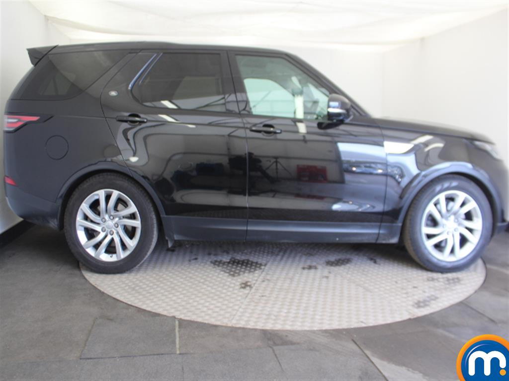 Land Rover Discovery HSE Automatic Diesel 4X4 - Stock Number (993403) - Passenger side