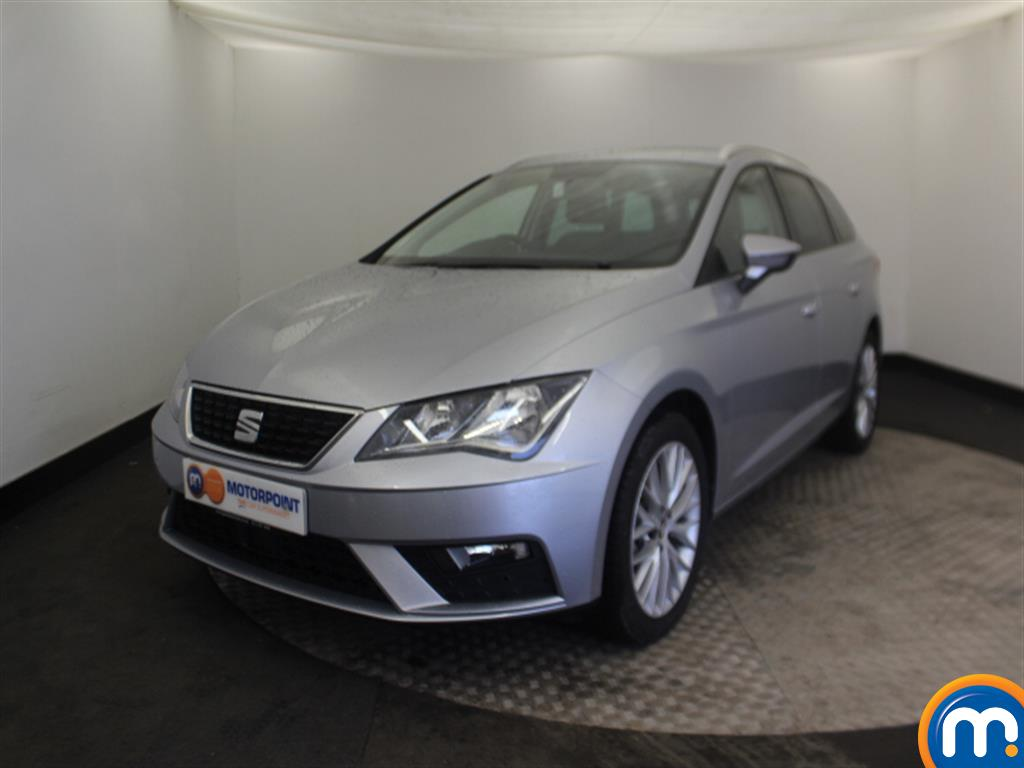 Seat Leon SE Dynamic Technology - Stock Number (997352) - Passenger side front corner