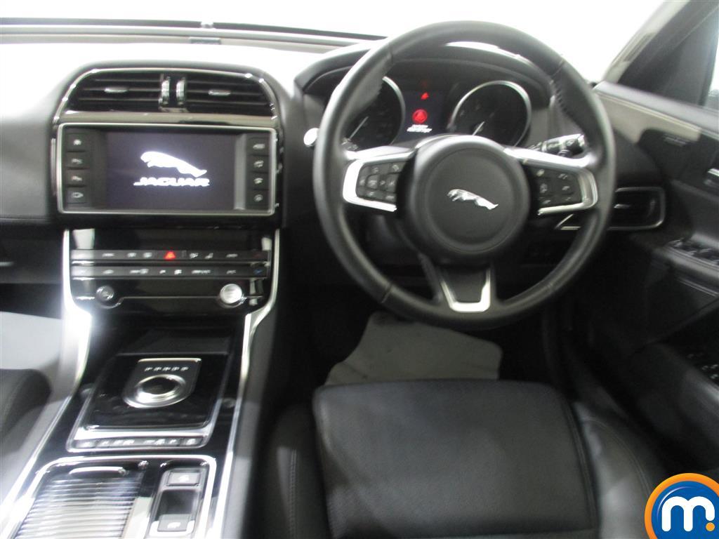 Jaguar XE Portfolio Automatic Diesel Saloon - Stock Number (988838) - 3rd supplementary image