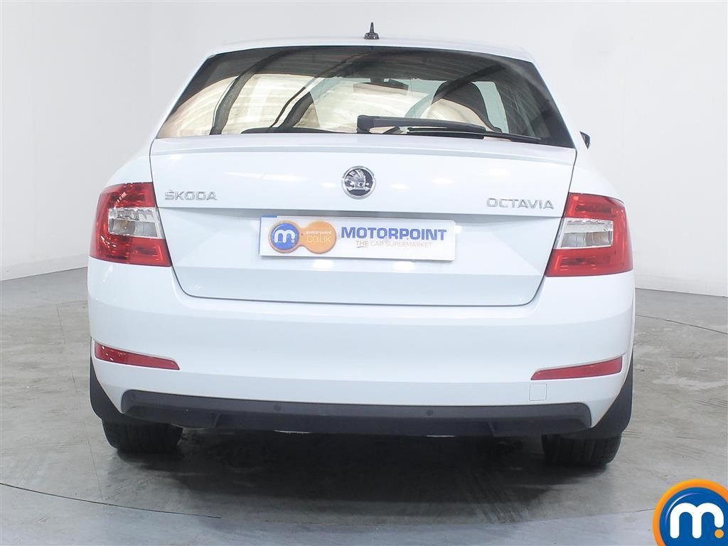 Skoda Octavia Se Sport Manual Petrol Hatchback - Stock Number (991402) - Rear bumper