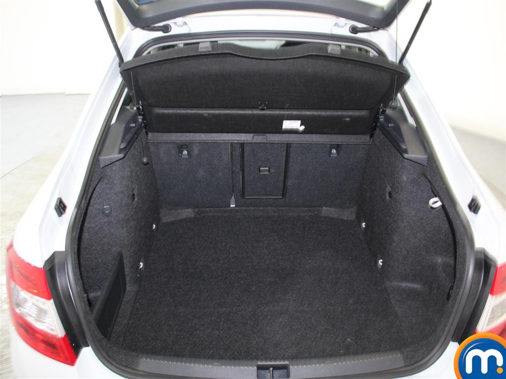Skoda Octavia Se Sport Manual Petrol Hatchback - Stock Number (991402) - 1st supplementary image