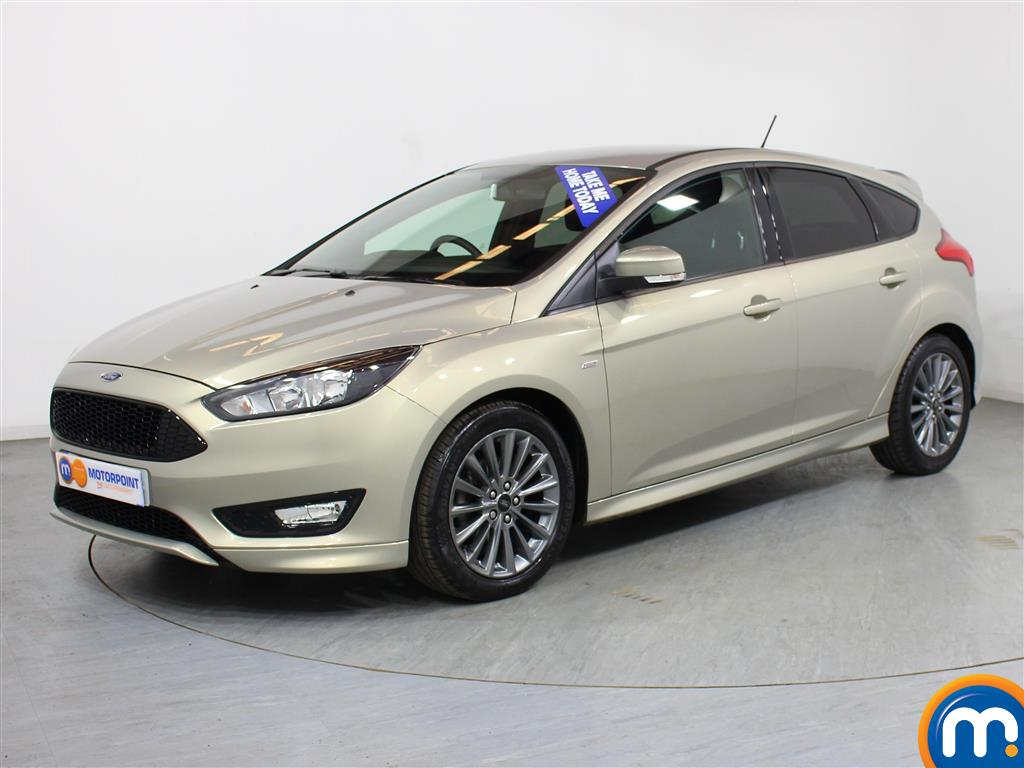Ford Focus ST-Line - Stock Number (999744) - Passenger side front corner