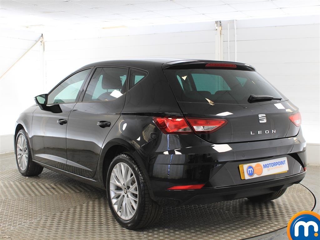 Seat Leon Se Dynamic Manual Petrol Hatchback - Stock Number (1005648) - Passenger side rear corner