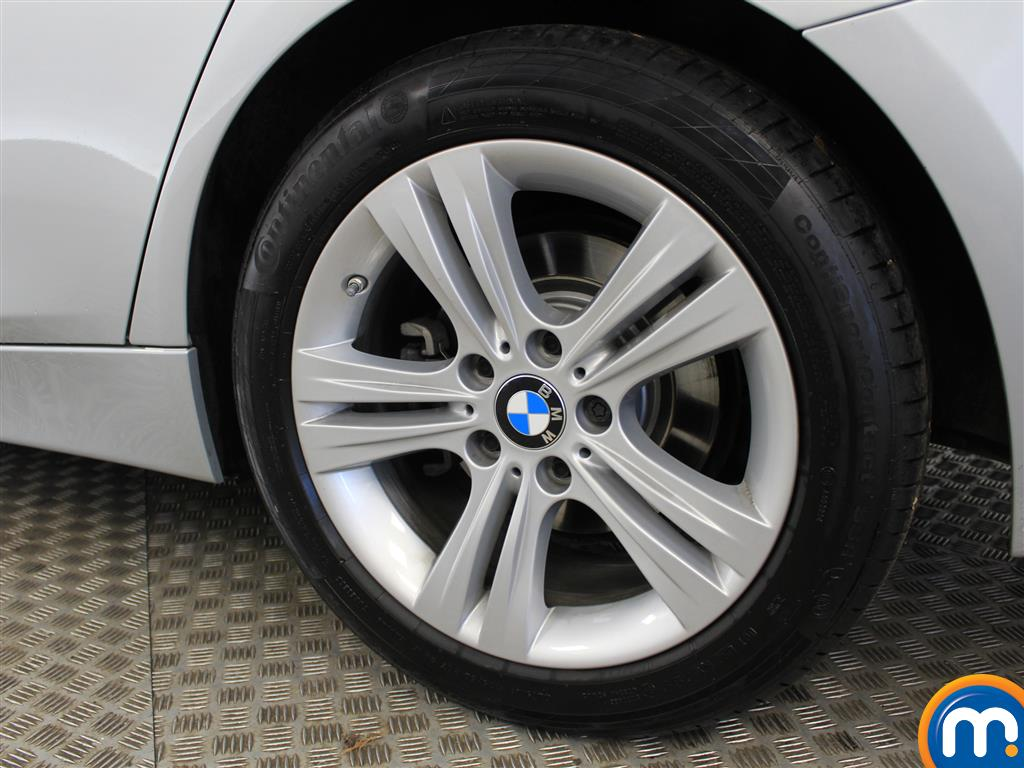 BMW 3 Series Sport Automatic Petrol Saloon - Stock Number (998855) - 6th supplementary image