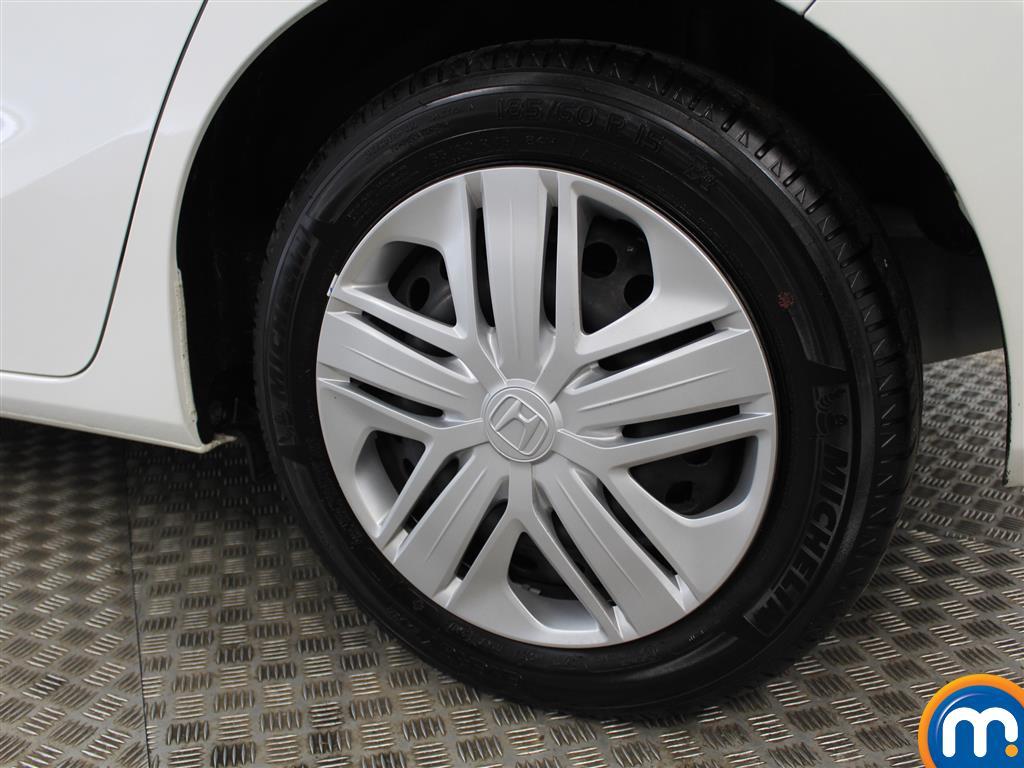 Honda Jazz S Manual Petrol Hatchback - Stock Number (1005437) - 5th supplementary image