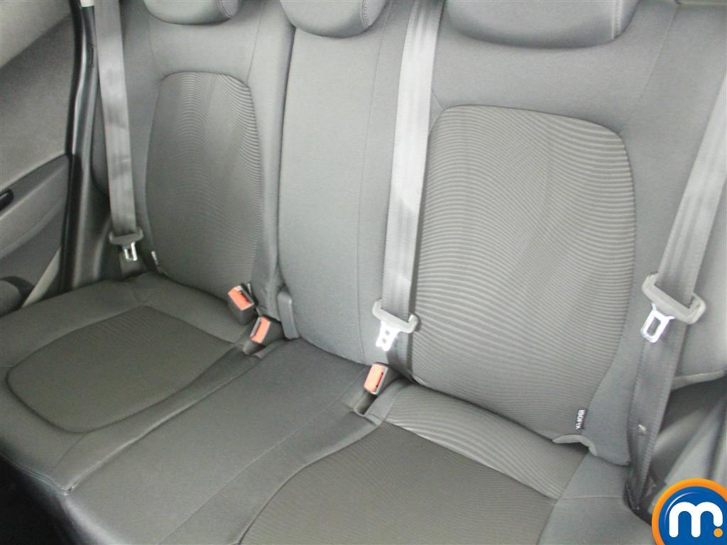 Hyundai I10 Premium Manual Petrol Hatchback - Stock Number (996812) - 6th supplementary image