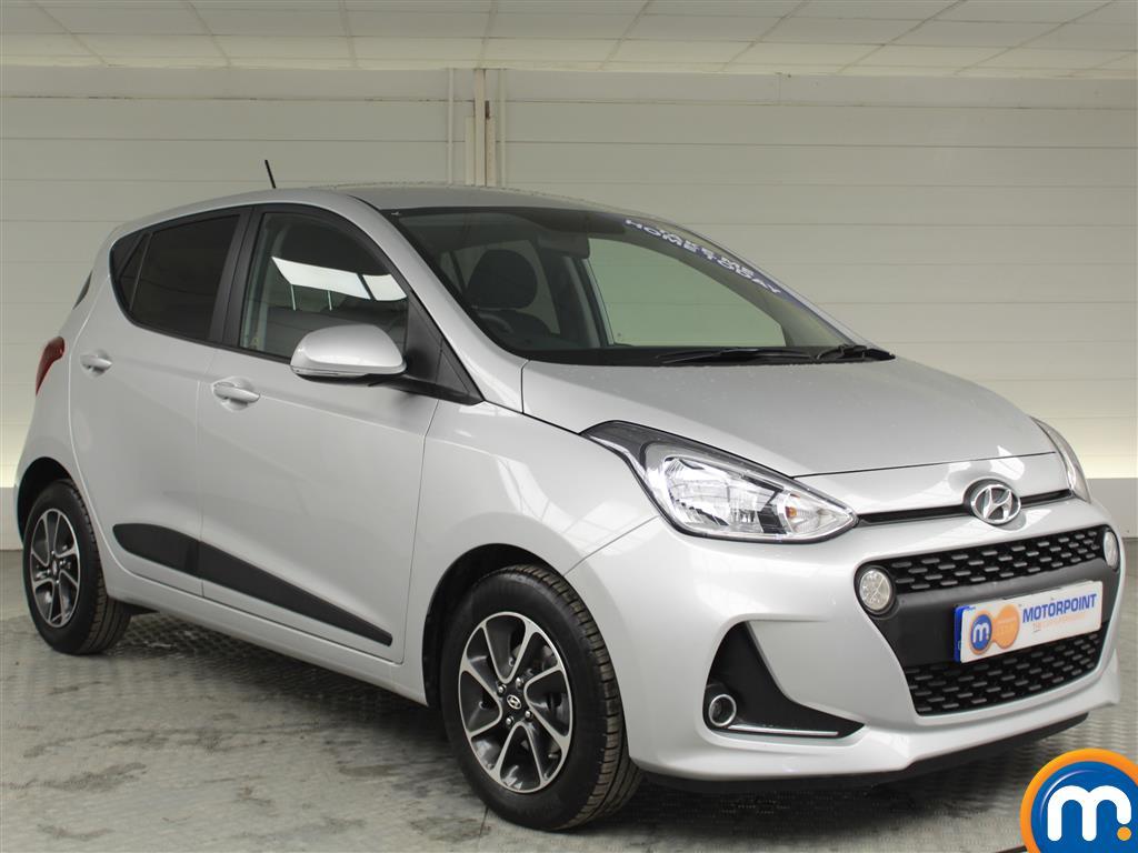 Hyundai I10 Premium Manual Petrol Hatchback - Stock Number (996812) - Drivers side front corner