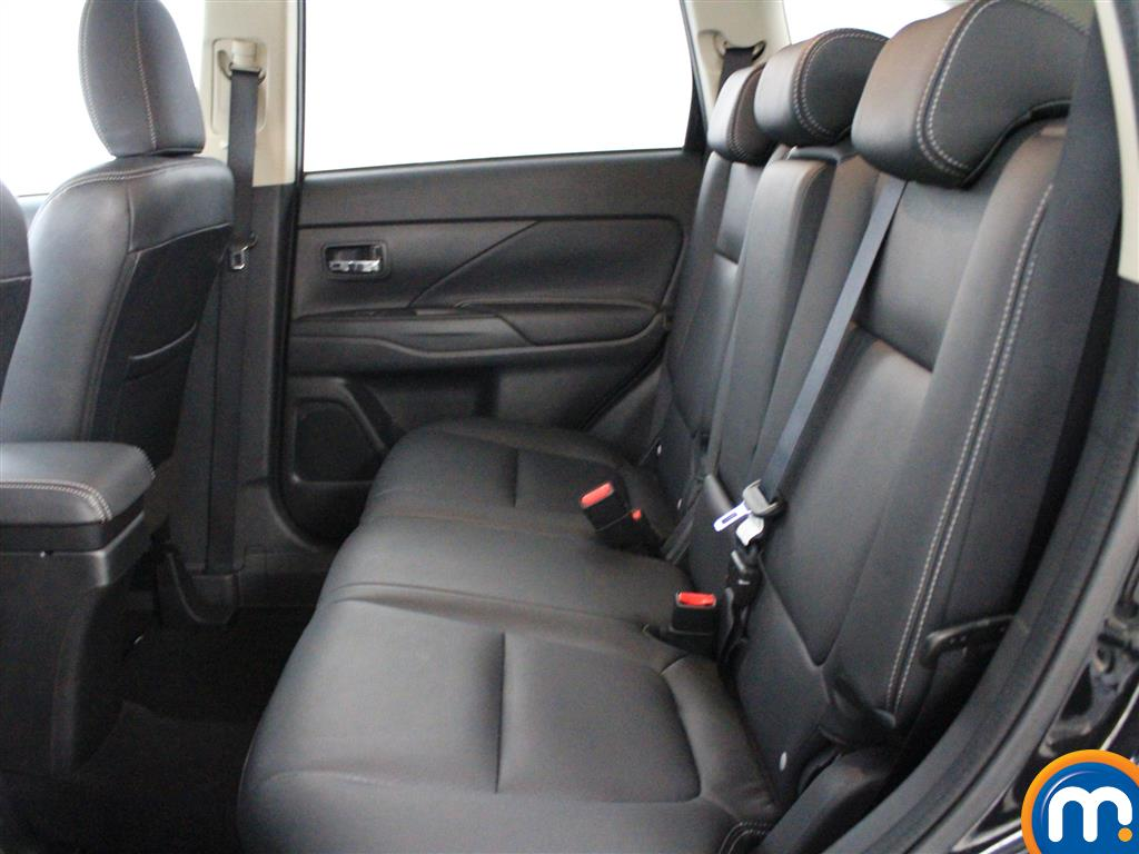 Mitsubishi Outlander 3 Automatic Diesel 4X4 - Stock Number (1003439) - 2nd supplementary image