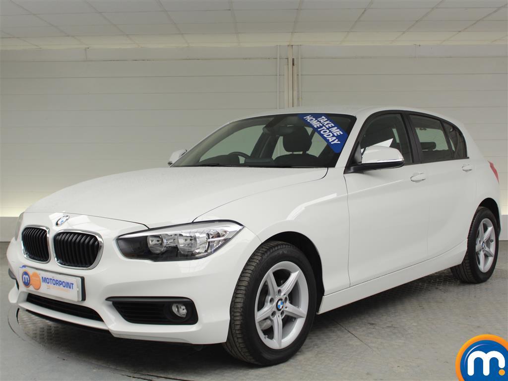 BMW 1 Series SE Manual Diesel Hatchback - Stock Number (994850) - Passenger side front corner