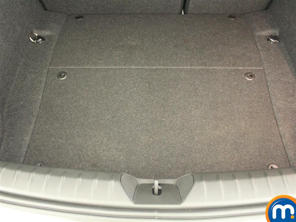 BMW 1 Series SE Manual Diesel Hatchback - Stock Number (994850) - 4th supplementary image