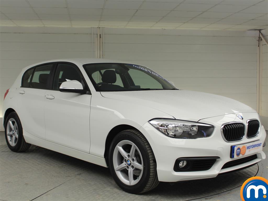BMW 1 Series SE Manual Diesel Hatchback - Stock Number (994850) - Drivers side front corner